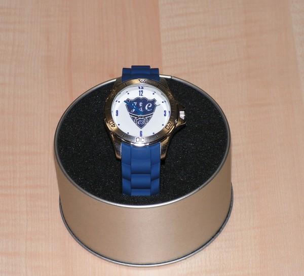 Uhr mit Vereinslogo